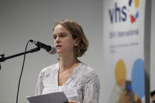 Dr. Anna Koch